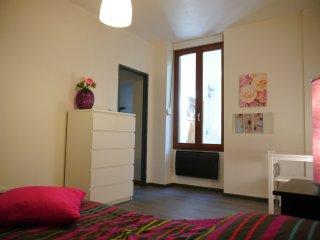 joli appartement meublé avec Wifi gratuit