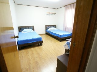 Seogwipo minjoonggak Bad room3