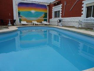 Villa vacacional con piscina comunitaria