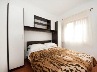 Villa Dunja-Three Bedroom Villa with Balcony and Sea View (A6)