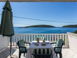 House Rašica - One Bedroom Apartment with Terrace and Sea view (3)