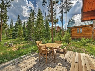 New Listing! Alluring 1BR Grand Lake House w/Wifi, Gas Grill & Private Deck - Quiet Columbine Lake Location! Close to Downtown, Granby Ranch & Rocky Mountain National Park!