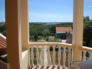 Apartment Vikorino - Two Bedroom Apartment with Balcony and Sea View, Vrsi