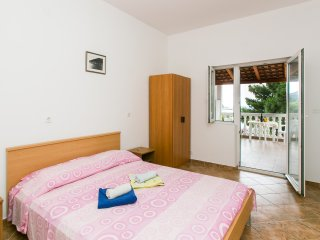 Apartments Franka Saplunara - Double Room with Terrace and Sea View