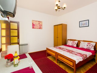 Guest House Cesic - Studio Apartment with Balcony