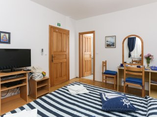 K-apartments - Double or Twin Room with Garden View - A3