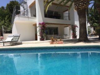 Charming villa, 300m from the sea, Moraira