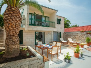 Sweet holiday house in Lumbarda, Korcula