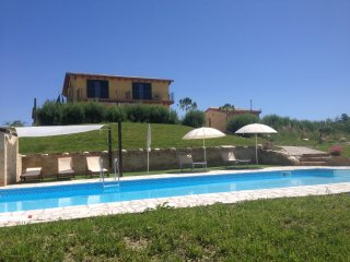 Villa with Pool and panoramic views sleeps 14