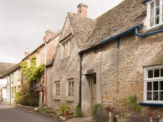 Cosy character cottage, Stow-on-the-Wold