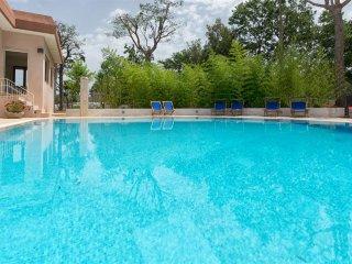 Villa Pino, Classic Collection, self catering with pool in Puglia | Raro Villas, Monopoli