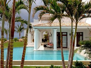 Exclusive 3-bedroom Villa at La Samanna resort, Terres Basses