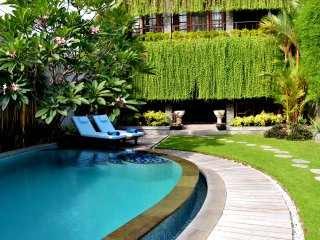 Special Introductory price For The Whole Villa, Sanur