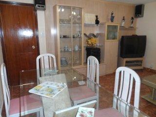 8 Huéspedes, 4 Dormitorios y Salon, Saragossa