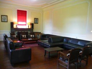 Salon principal avec plus de 24 places