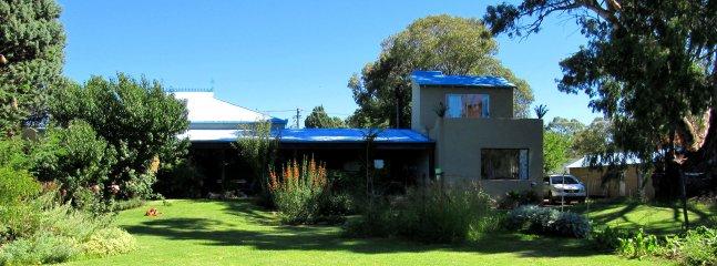 Bluegum Cottage es el ala derecha de la casa principal.
