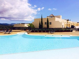 New house for 6pax with pool, 1km from Golf course, Roca Llisa