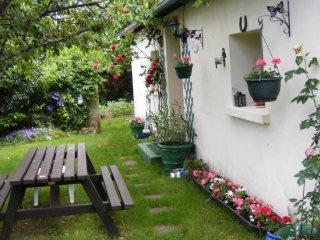 Maison Fleurie,rural gite,Argenton sur Creuse