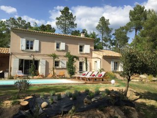 Magnificent Provençal style house, Bedoin