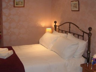 Millbeck Guesthouse Room 2- Double Room - Sleeps 2, Windermere