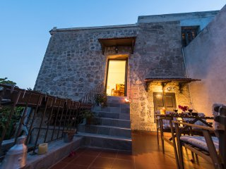 Finestra  Apartment - Old Town, Rhodes Town