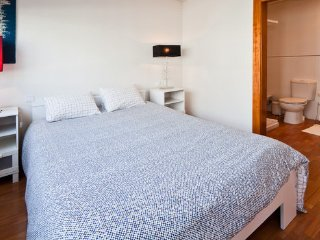 BOUTIQUE Rentals - Santa Catarina Apartment G, Porto