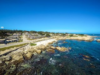3730 Anchors Away ~ Spectacular Oceanfront Location - AVAIL FOR AT&T!, Pacific Grove