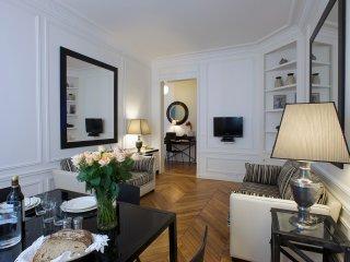 Invalides / Saint Germain Luxury Two Bedroom, Paris
