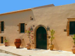 Olive Mill Villa with private pool and sea view, Vouves