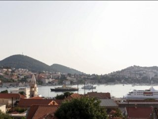 Holiday Home Avantgarde - Two Bedroom House with Terrace and Sea View
