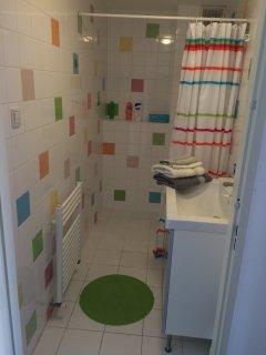 Eigen toilet en badkamer