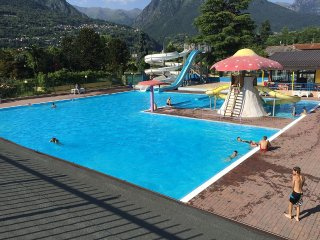 Luxury chalet directly by the Lago di Lugano