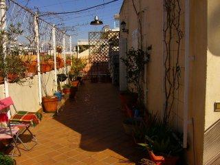 Atico nuevo, zona c San Luis, Seville