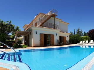 Vila Videira, a gem of a holiday villa in Algarve!