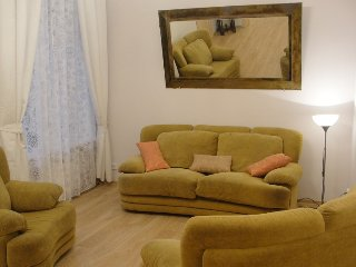 Charming 2 br Apartment+wifi+center+parking, St. Petersburg