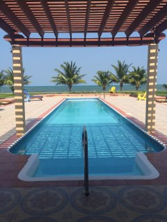 Gorgeous Beachfront Paradise - 2 Bed 3 Bath Condo