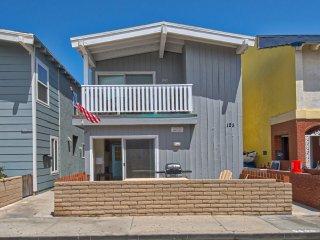 125 A 39th Street - Lower 3 Bed 2 Bath, Newport Beach