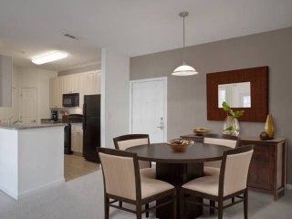 Furnished 1-Bedroom Apartment at Avalon Dr & Bay Drive. Northborough