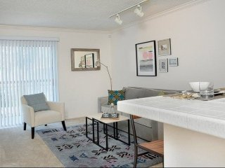 Furnished 1-Bedroom Apartment at Victory Blvd & Randi Ave Los Angeles, Bell Canyon