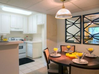 Furnished 2-Bedroom Apartment at Canoga Ave & Burbank Blvd Los Angeles, Bell Canyon