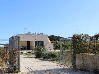 Villa con splendido giardino a pochi km da SMLeuca, Tricase