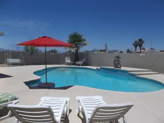 Awesome pool & VERY clean...from   795 week!, Lake Havasu City