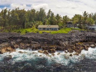 Oceanfront Alohahouse-Live on the Edge of Pacific!, Keaau