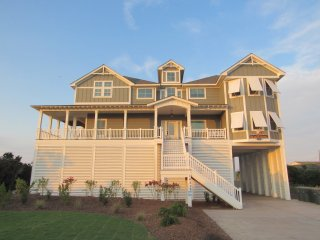Beach King - 9 BR Luxury Oceanfront Event Home
