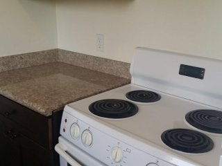 Furnished 1-Bedroom Apartment at Tyrone Ave & Delano St Los Angeles, Los Ángeles