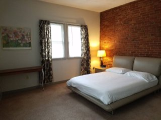 Harvard Square 1 Bedroom Furnished Apartment, Cambridge