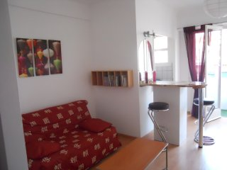 Bright studio in the heart of Nice, WIFI & aircon