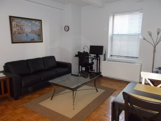 Furnished 1-Bedroom Apartment at 7th Ave & W 51st St New York, Nova York
