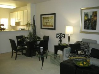 Furnished 1-Bedroom Apartment at Los Robles Ave & Villa Vera Palo Alto