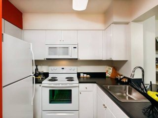 Furnished 1-Bedroom Apartment at N Glebe Rd & Washington Blvd Arlington